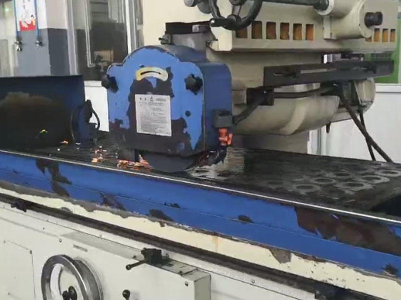 Machining of oil pump manufacturer